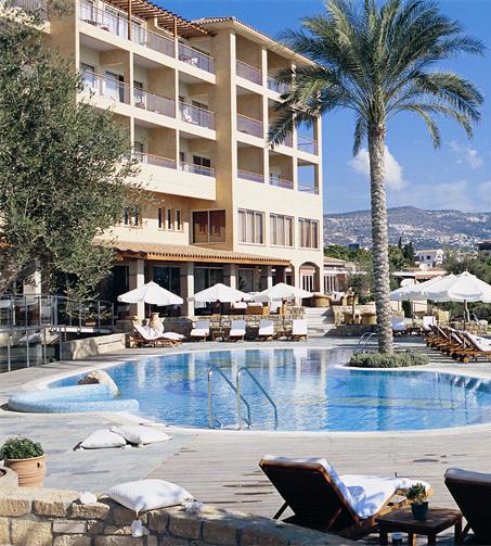 В Пафосе закрылись отели