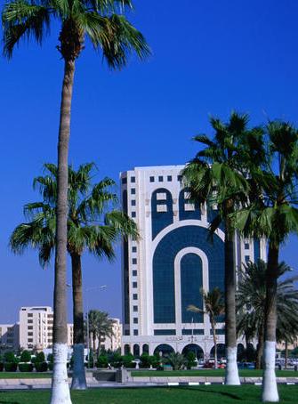 Катар построит гостиницу на Кипре