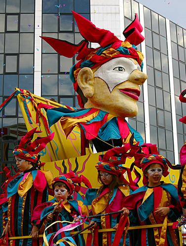 Ах, карнавал, удивительный мир!